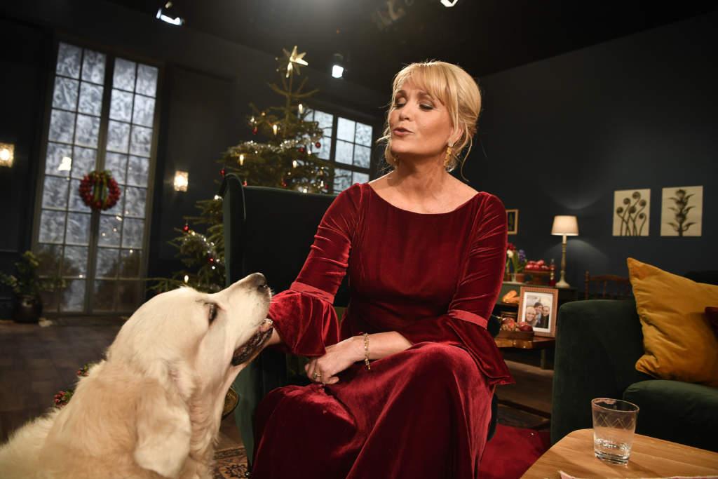 Årets julvärd i SVT, Kattis Ahlström, programledare Sverige